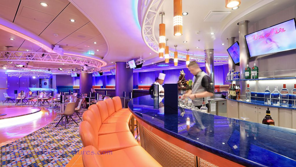 On Air Club Symphony of the Seas. / Foto: Oliver Asmussen/oceanliner-pictures.com