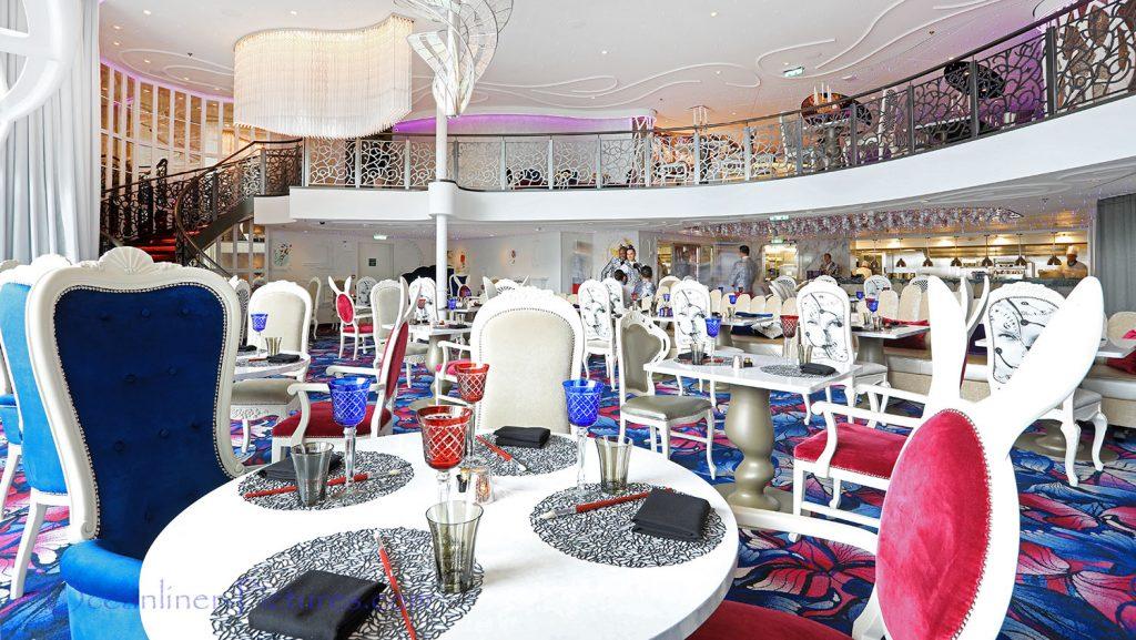 Wonderland Restaurant Symphony of the Seas. / Foto: Oliver Asmussen/oceanliner-pictures.com