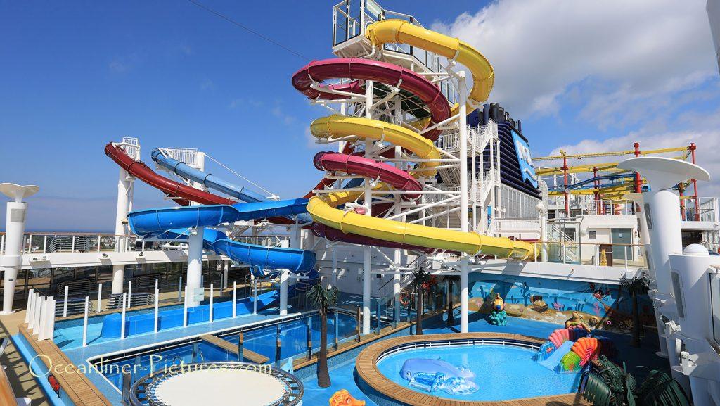 Aqua Park und Wasserrutschen Norwegian Breakaway. / Foto: Oliver Asmussen/oceanliner-pictures.com
