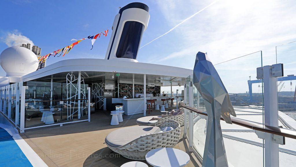 Mein Schiff 1 Hohe Luft bar. / Foto: Oliver Asmussen/oceanliner-pictures.com