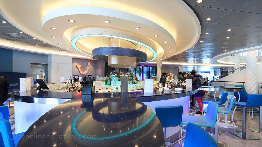 Mein Schiff 1 TUI Bar. / Foto: Oliver Asmussen/oceanliner-pictures.com