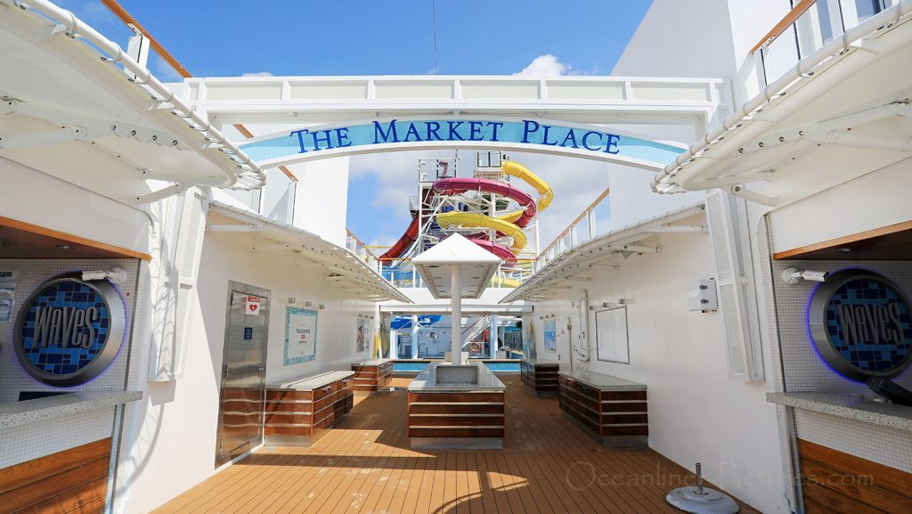 The Market Place und Bar Norwegian Breakaway. / Foto: Oliver Asmussen/oceanliner-pictures.com