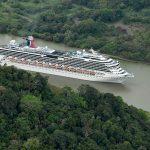 Die Carnival Splendor im Panamakanal. Foto: carnival Cruise Line