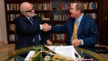 Gemeinsame Zukunft für Manfredi Lefebvre und Richard Fain. Foto: Royal Caribbean Cruises Ltd.