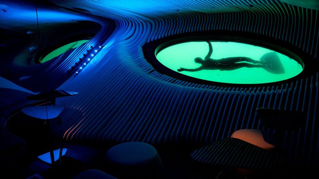 Unterwasser-Lounge Blue Eye. Foto: Studio Ponant - L. Patricot
