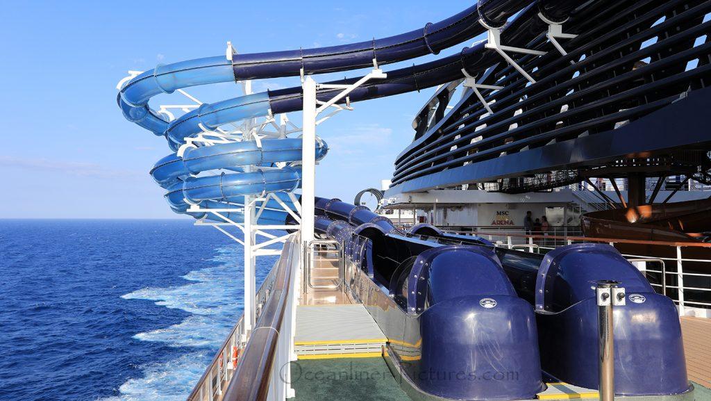 MSC Seaview zwei der vier Wasserrutschen. / Foto: Oliver Asmussen/oceanliner-pictures.com