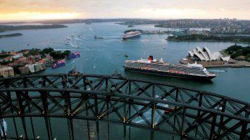 Die beiden Queens beim Doppelanlauf in Sydney. Foto: Cunard