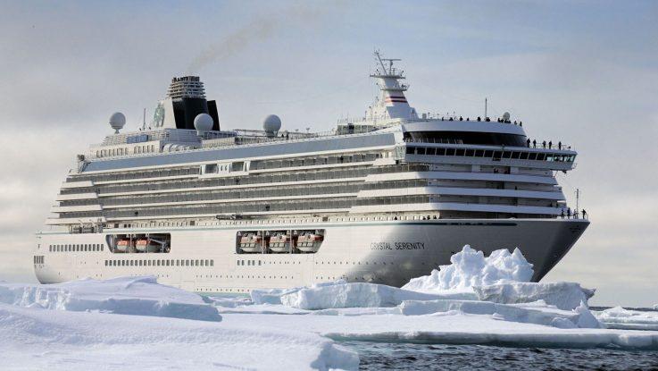 Die Crystal Serenity während der Durchquerung der Nordwestpassage. Foto: Crystal Cruises