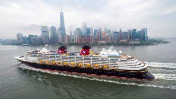 Viele neue Routen ab Herbst 2018 bei Disney Cruise Line. Wie hier ab New York geht es zu interessanten Zielen. Foto: Disney Cruise Line/Chloe Rice