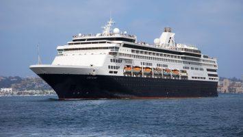Die MS Veendam fährt ab Dezember 2017 regelmäßig Kuba an. Foto: Holland America Line