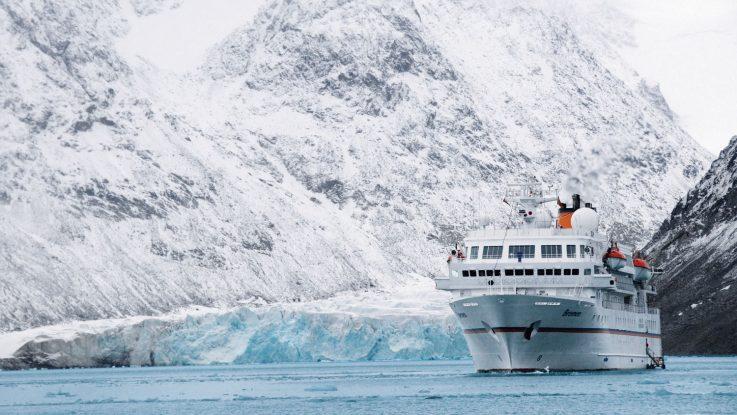 Die MS Bremen hat als erstes Schiff die Polar Code Zertifizierung bekommen. Foto: Hapag Lloyd Cruises
