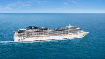 Die MSC Preziosa nimmt an der großen Parade der Hamburger Cruise Days teil. Foto: MSC Kreuzfahrten