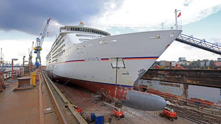 Die Europa 2 im Dock 10 der Blohm+Voss Werft in Hamburg. Foto: Oliver Asmussen/oceanliner-pictures.com