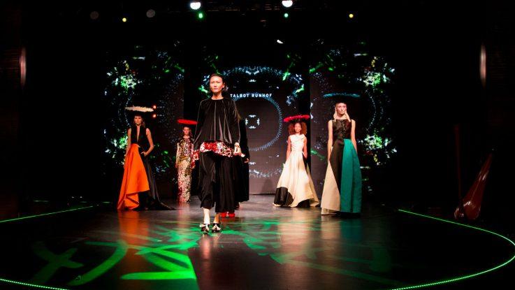 Wie auf der Fashion2Sea mit Talbot Runhof 2017 erwartet auf der Fashion2Night die Gäste einige Highlights. Foto: Hapag Lloyd Cruises