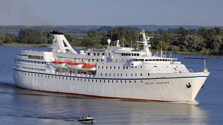 Das Orkantief Sebastian bringt Routenplanung durcheinander. Foto: Oliver Asmussen/oceanliner-pictures.com