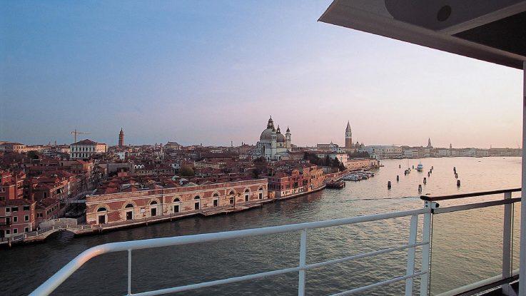 Blicke vom Kreuzfahrtschiff auf Venedig könnten bald der Vergangenheit angehören. Foto: MSC Kreuzfahrten