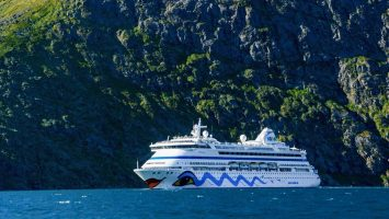 Die AIDAcara fährt dreimal von Bremerhaven u.a. nach Grönland. Foto: AIDA Cruises