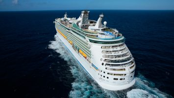Die Navigator of the Seas von Royal Caribbean. Foto: Royal Caribbean
