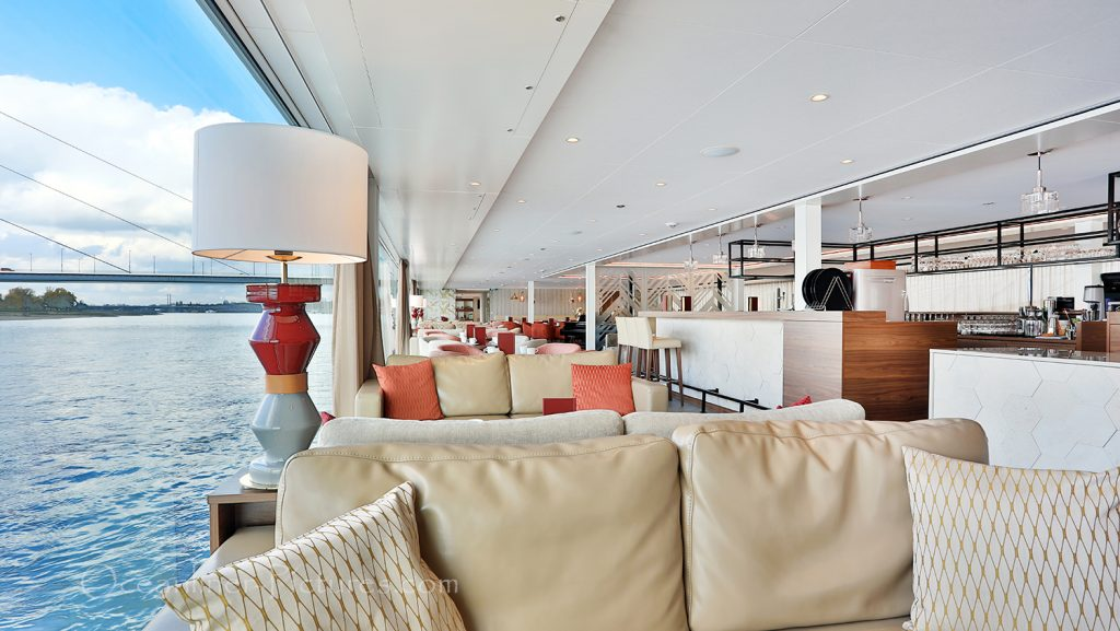 Aussicht Panorama-Lounge und Bar MS Vista Star / Foto: Oliver Asmussen/oceanliner-pictures.com