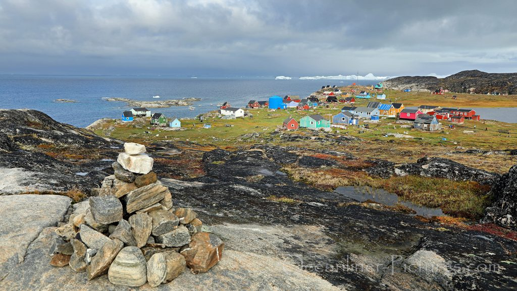 Blick über den Ort Ilimanaq, Greenland / Foto: Oliver Asmussen/oceanliner-pictures.com