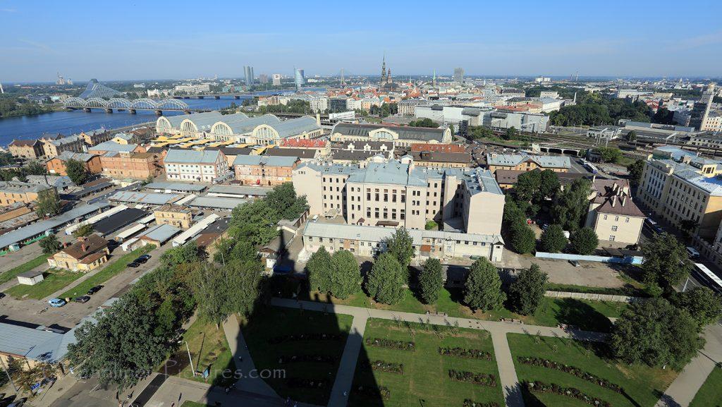 Blick auf Riga von der Lettischen Akademie der Wissenschaften / Foto: Oliver Asmussen/oceanliner-pictures.com
