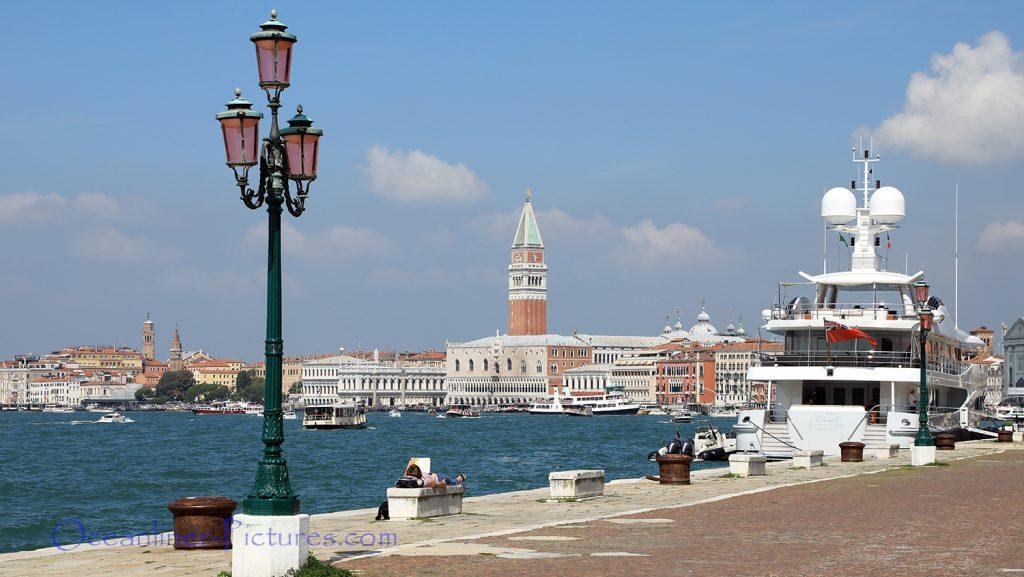 Blick auf Venedig und den Campanile / Foto: Oliver Asmussen/oceanliner-pictures.com