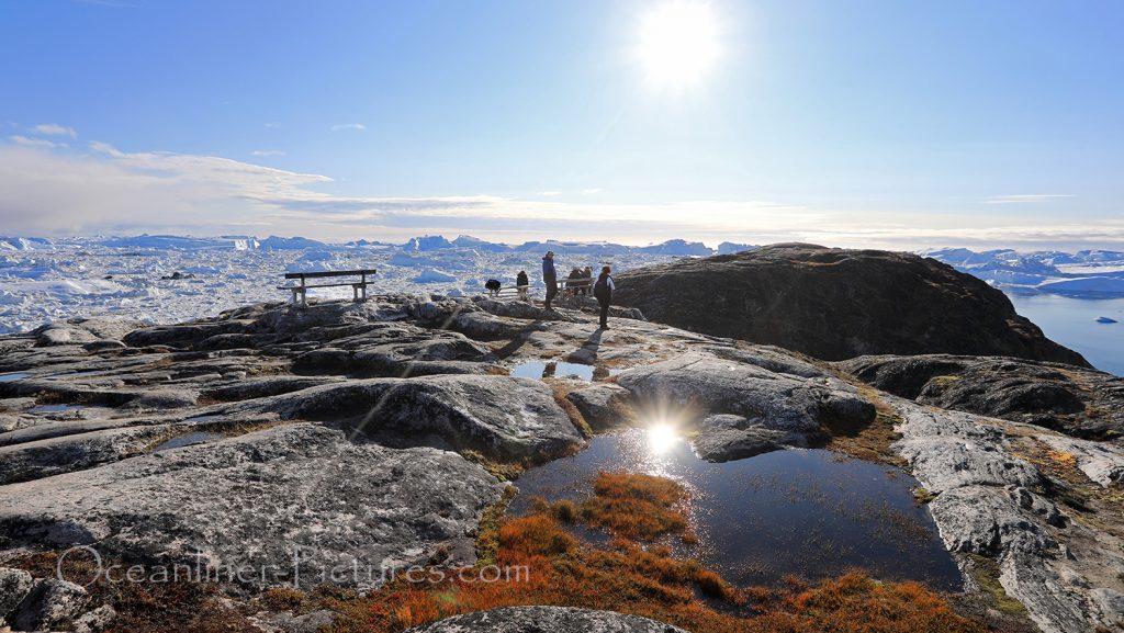 Blick vom Berggipfel auf den Eisfjord in Ilulissat, Grönland / Foto: Oliver Asmussen/oceanliner-pictures.com