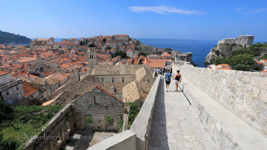 Blick von der Stadtmauer auf Dubrovnik / Foto: Oliver Asmussen/oceanliner-pictures.com