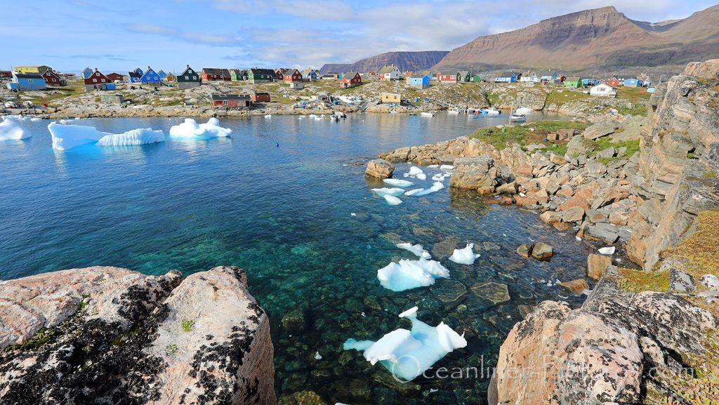 Bucht mit Eis in Qeqertarsuaq, Grönland / Foto: Oliver Asmussen/oceanliner-pictures.com