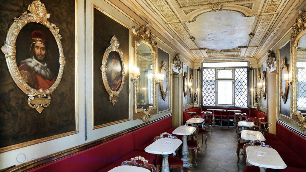 Caffe Florian in Venedig Innenansicht einer der Räume / Foto: Oliver Asmussen/oceanliner-pictures.com