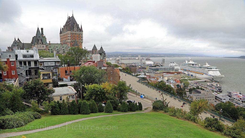 Chateau Frontenac und Blick auf Sankt-Lorenz-Strom in Quebec / Foto: Oliver Asmussen/oceanliner-pictures.com