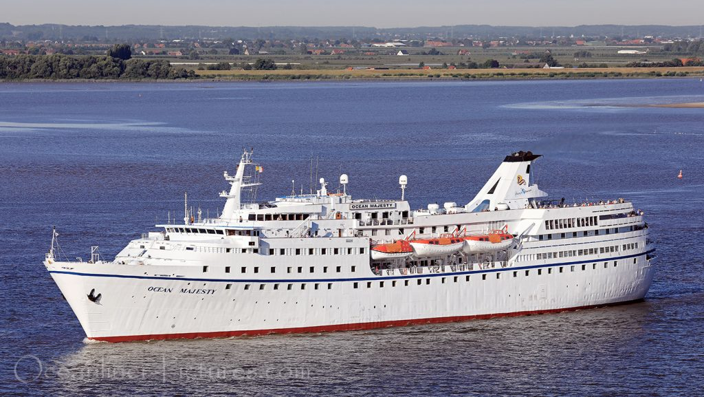 Kreuzfahrtklassiker MS Ocean Majesty unterwegs für Hansa Touristik / Foto: Oliver Asmussen/oceanliner-pictures.com