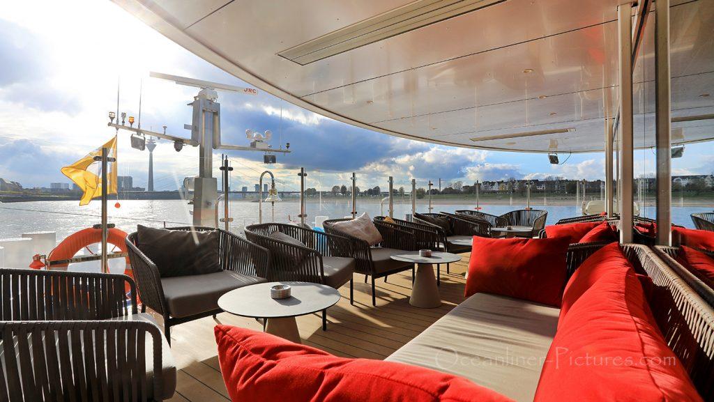 Lounge-Terrasse MS Vista Star / Foto: Oliver Asmussen/oceanliner-pictures.com