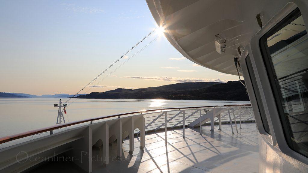 MS Hamburg Abfahrt in Kangerlussuaq / Foto: Oliver Asmussen/oceanliner-pictures.com