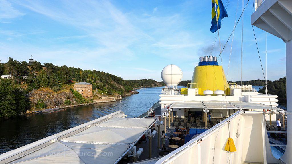 MS Hamburg Passage Fredriksborg Festung / Foto: Oliver Asmussen/oceanliner-pictures.com
