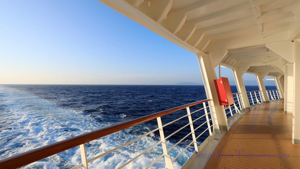 Meerblick von der Rundum-Promenade der Costa Deliziosa / Foto: Oliver Asmussen/oceanliner-pictures.com