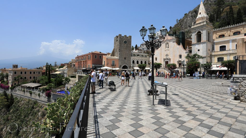 Piazza IX Aprile,Taormina / Foto: Oliver Asmussen/oceanliner-pictures.com