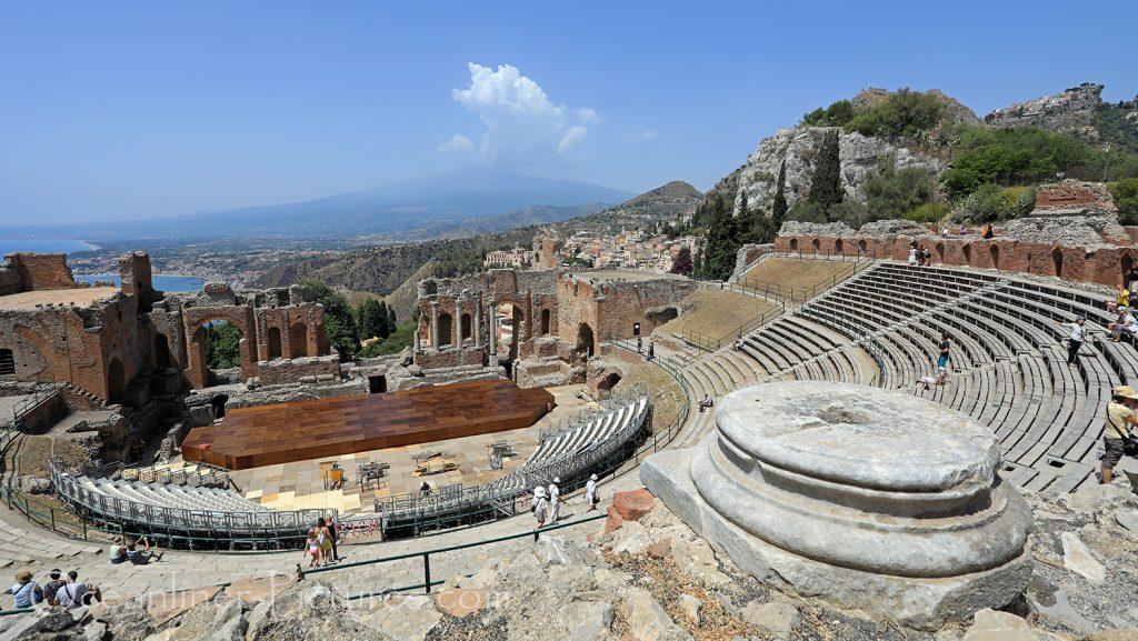Teatro Antico di Taormina mit Blick auf Ätna / Foto: Oliver Asmussen/oceanliner-pictures.com