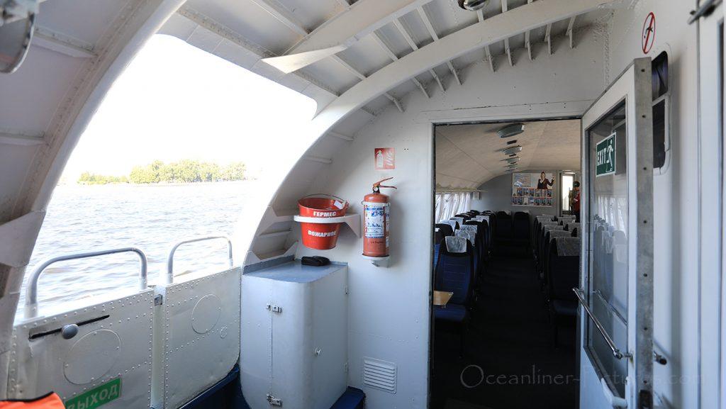 Tragflügelboot Typ Meteor Innenansicht St. Petersburg / Foto: Oliver Asmussen/oceanliner-pictures.com