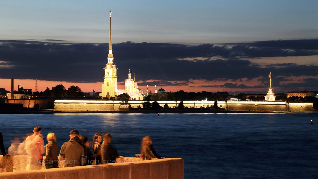 Weisse Nacht an der Newa in St. Petersburg / Foto: Oliver Asmussen/oceanliner-pictures.com