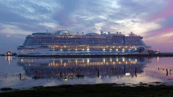 Aidanova 09.10.2018 Ems / Foto: C. Eckardt / oceanliner-pictures.com