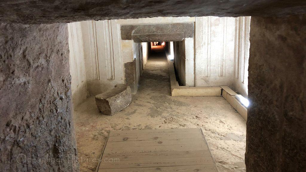 Blick in die Grabkammern der Mykerinos-Pyramide in Gizeh / Foto: Oliver Asmussen/oceanliner-pictures.com