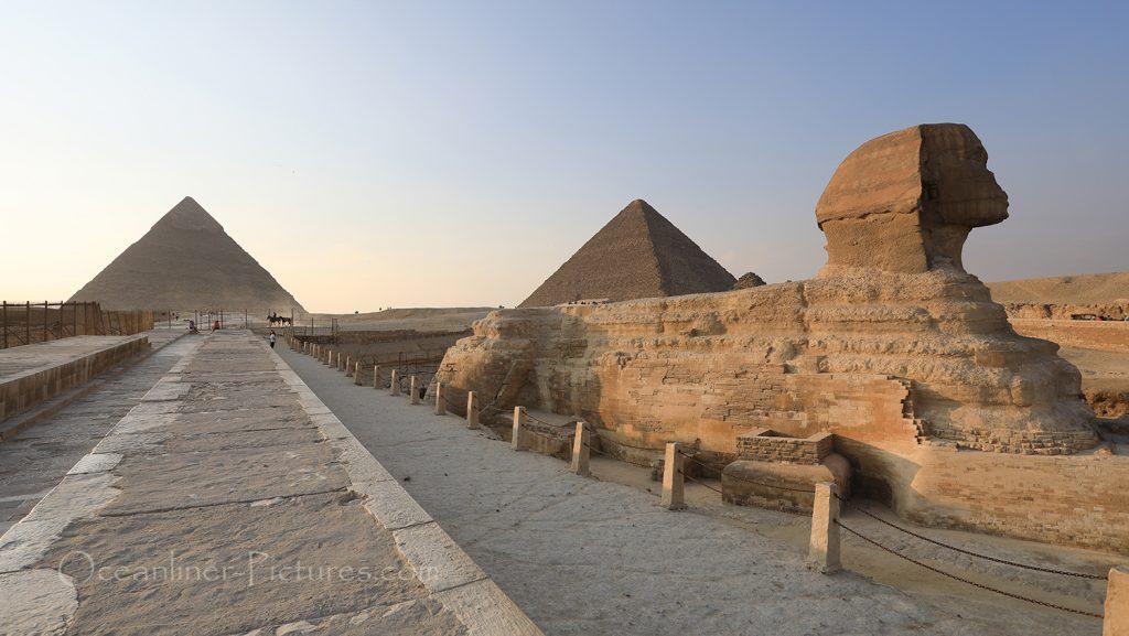 Chephren-Pyramide, Cheops-Pyramide und Grosse Sphinx in Gizeh / Foto: Oliver Asmussen/oceanliner-pictures.com