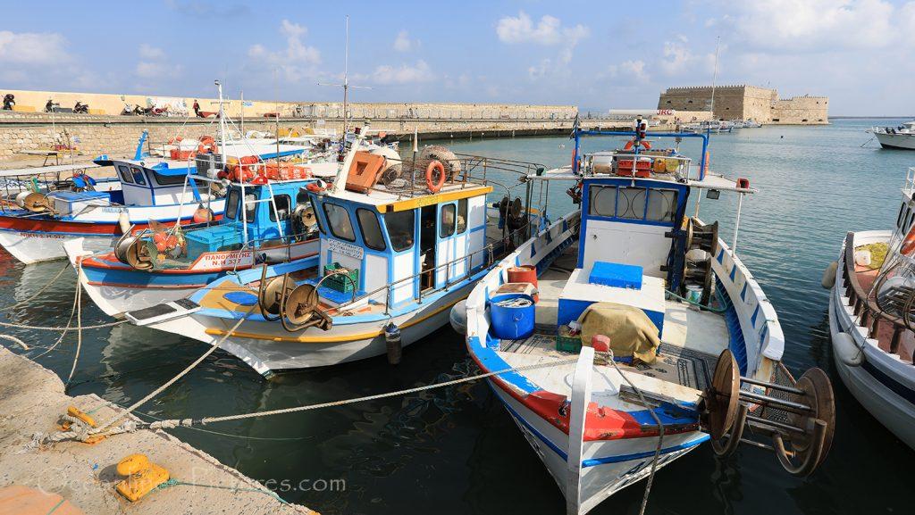 Fischerboote im Hafen von Heraklion / Foto: Oliver Asmussen/oceanliner-pictures.com