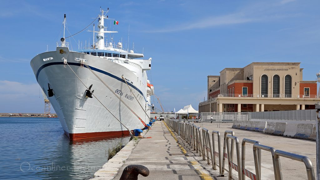 MS Ocean Majesty in Palermo / Foto: Oliver Asmussen/oceanliner-pictures.com