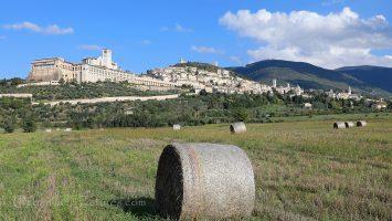Panoramablick auf die Stadt Assisi / Foto: Oliver Asmussen/oceanliner-pictures.com