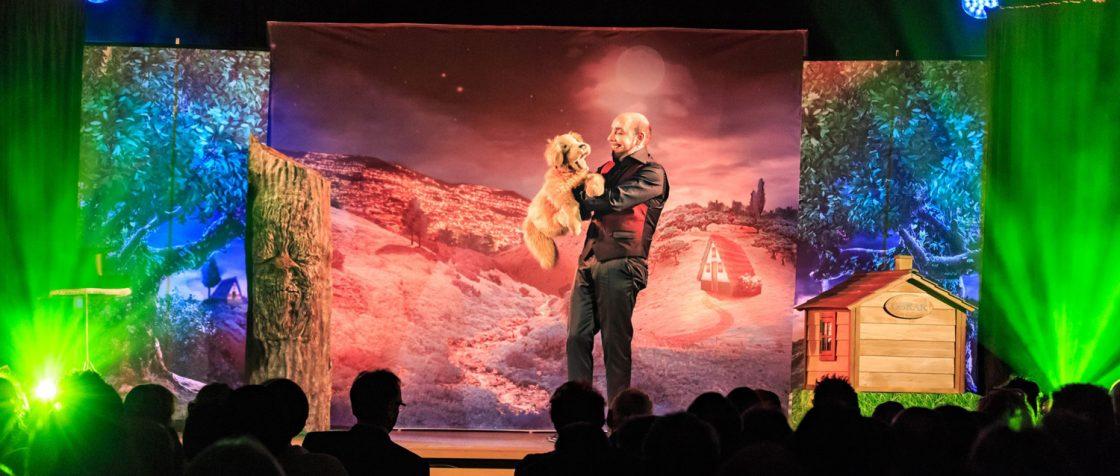 Marcelini und Oskar auf der Bühne