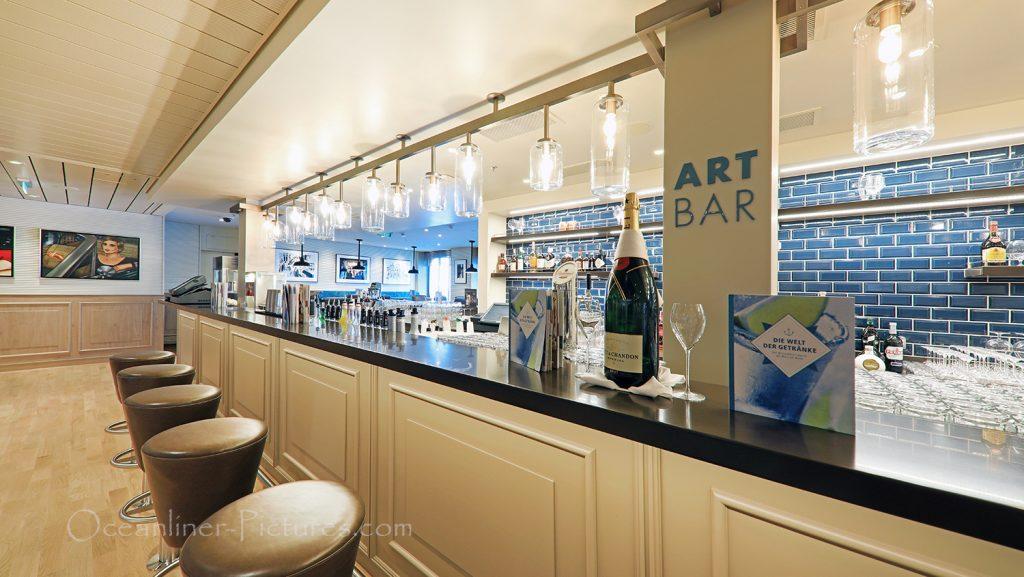 Art Bar AIDAnova / Foto: Oliver Asmussen/oceanliner-pictures.com