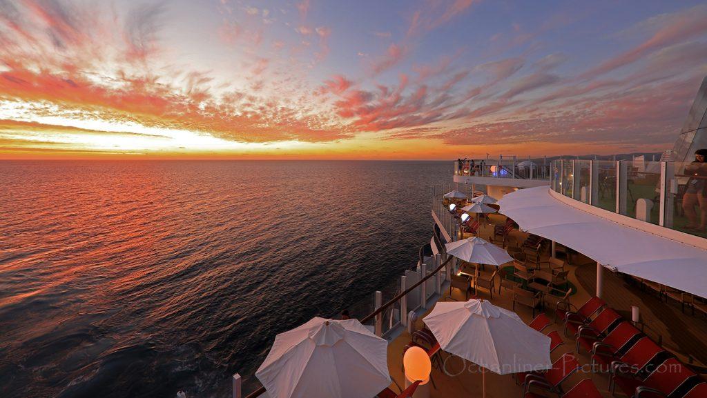 Blick auf Terrasse vor Four Elements AIDAnova / Foto: Oliver Asmussen/oceanliner-pictures.com