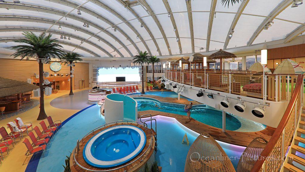 Blick von Deck 17 auf Beach Club AIDAnova / Foto: Oliver Asmussen/oceanliner-pictures.com